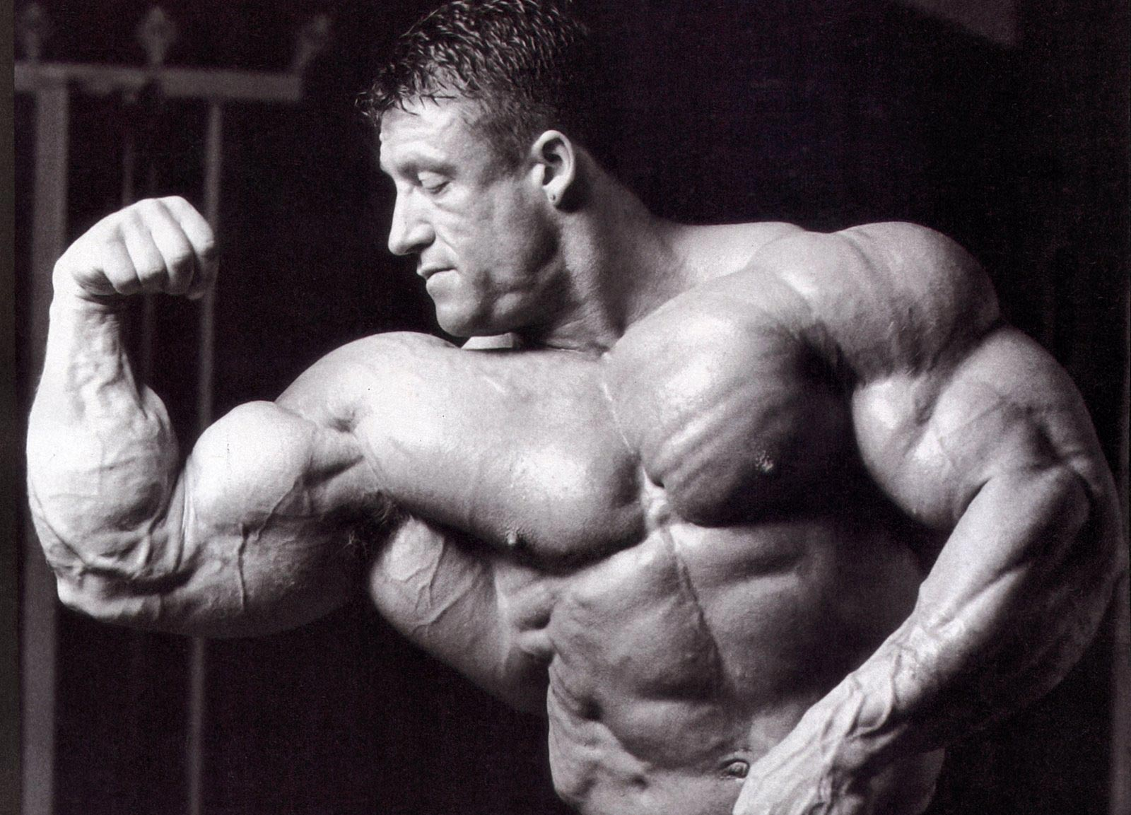 Bodybuilding Black & White Wallpapers - Train Body and Mind