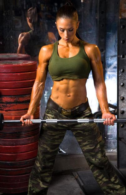 Fitness Babe - Paulin Nordine - Train Body and Mind