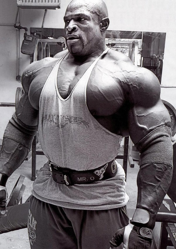 Ronnie Coleman pumped-up