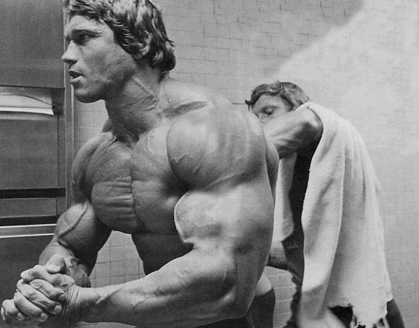 Arnold Classic Workout, Pre-posing preparations