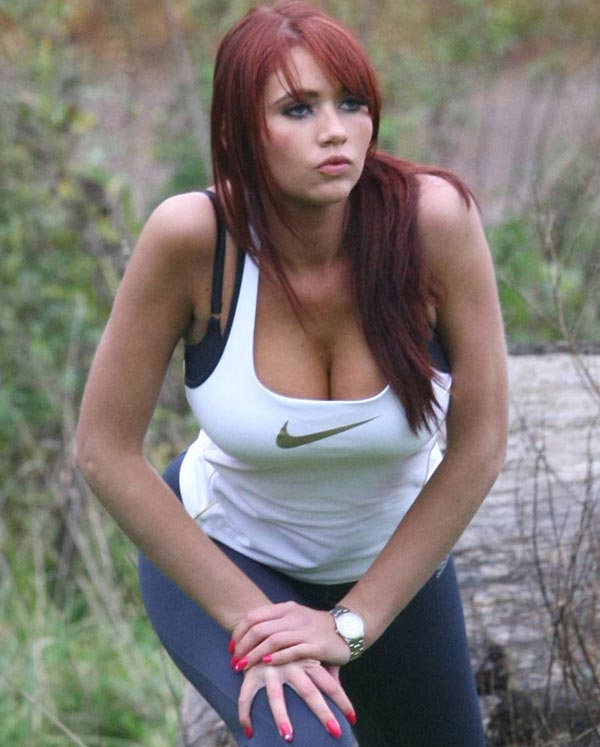 Hot Girl Workout http://www.trainbodyandmind.com/2010/12/sexy-workout-in-the-park/