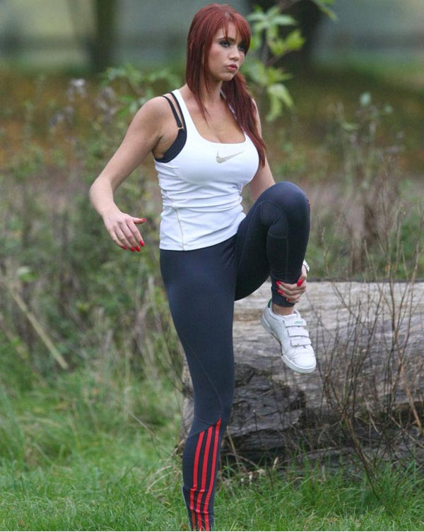 Workout in the park, hot redhead babe