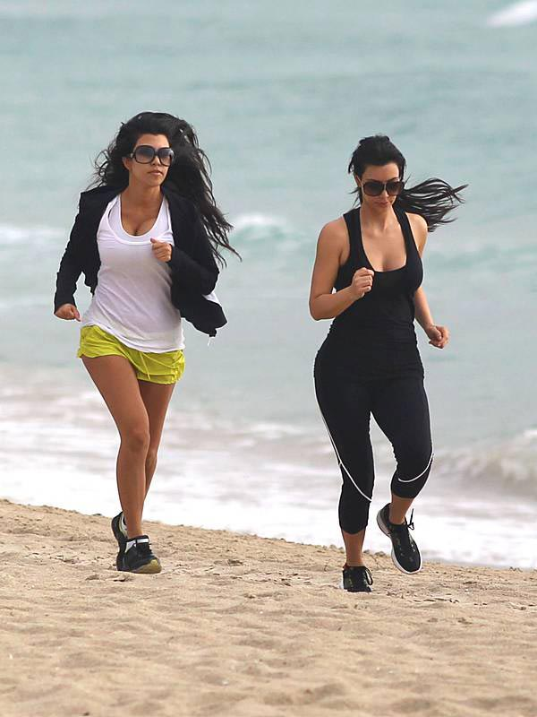 Kim and Kourtney Kardashian Workout on Beach