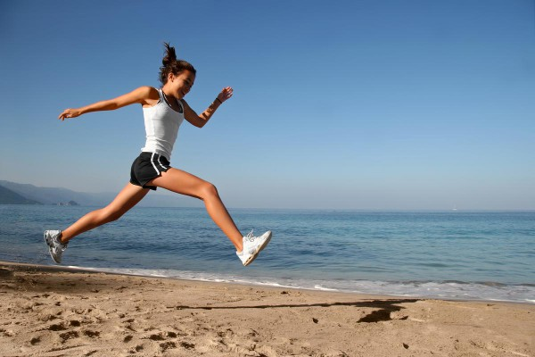 morning exercise, running on beach