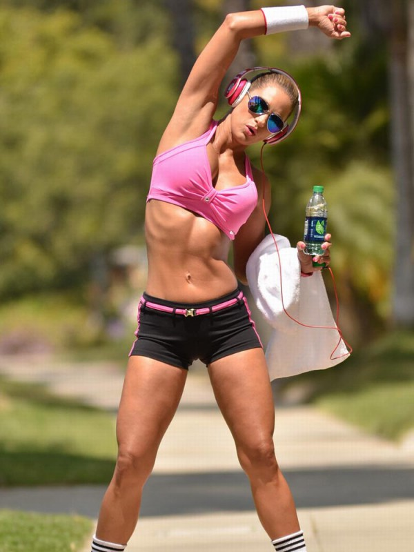 jennifer nicole lee pink workout