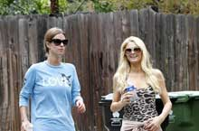 Paris and Nicky Hilton Out For Sisterly Jog