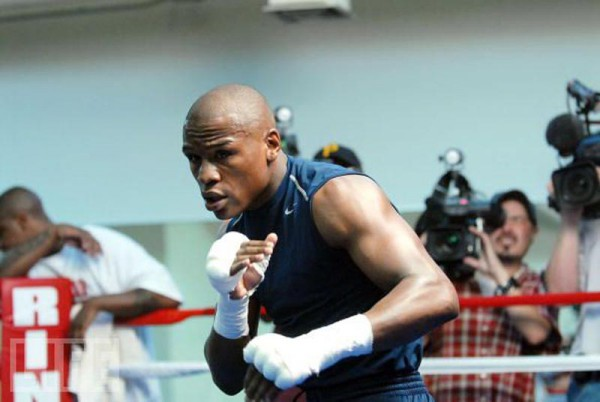 Floyd Mayweather  Jr. training