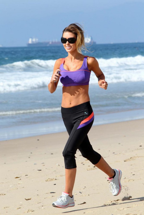 Audrina Patridge jogging